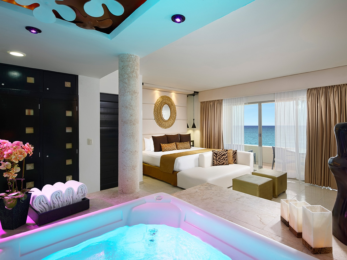 desire-riviera-passion-suite-00-1200x900.jpg